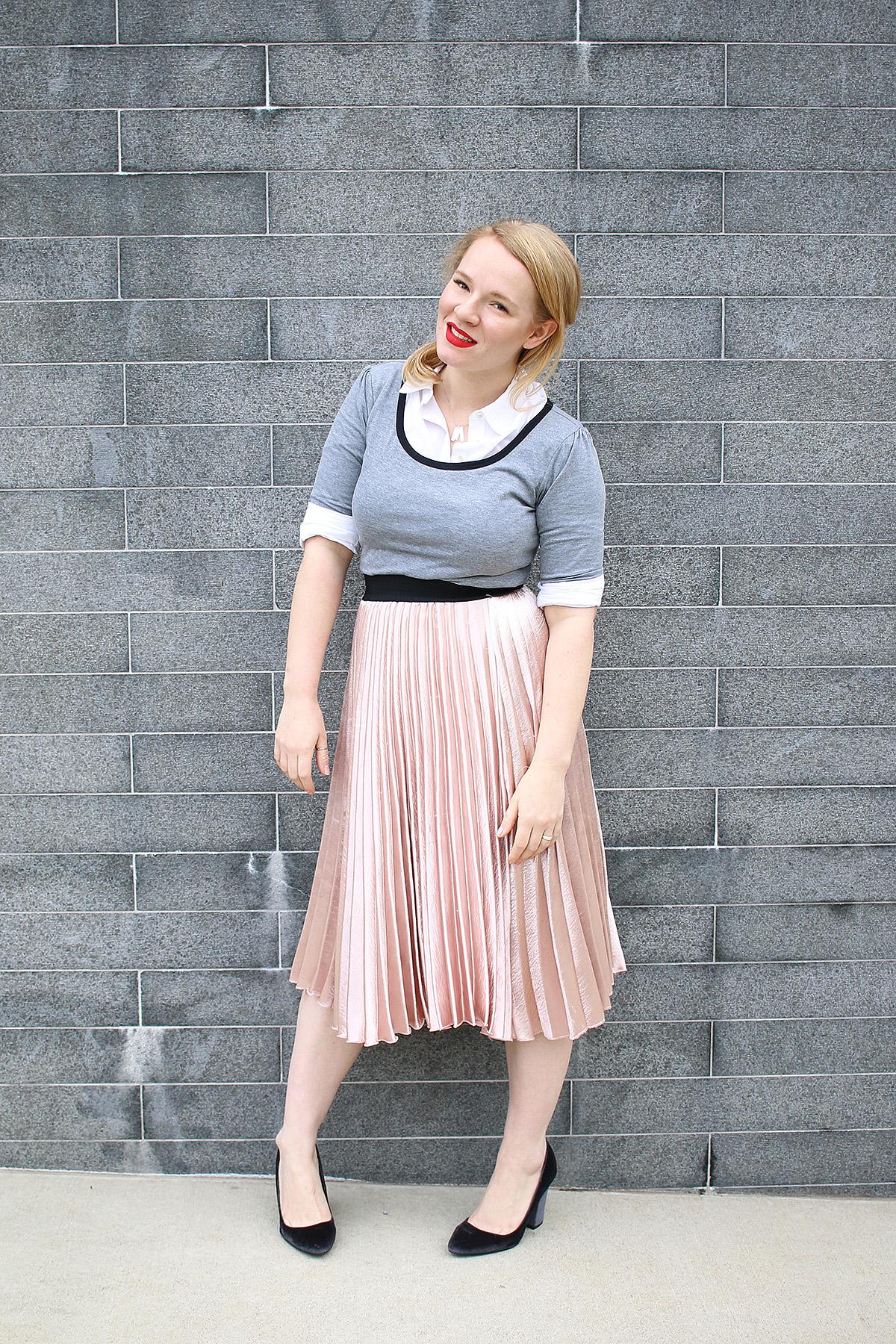 5 Ways To Style the LuLaRoe Nicole Dress!