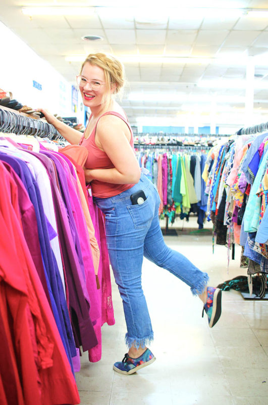 3 Top Houston Thrift Stores + 3 Thrift Shopping Tips